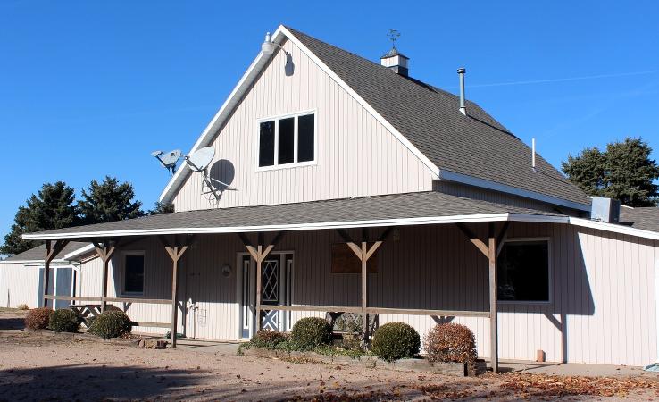 midwest-farm-management-building